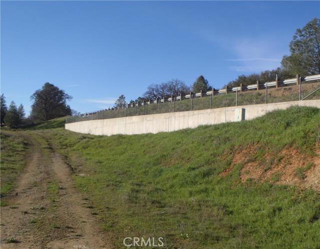 5155 Fournier Road, Mariposa CA: http://media.crmls.org/medias/4d659b7a-94e1-406d-86ea-6e7fb5d8fffe.jpg