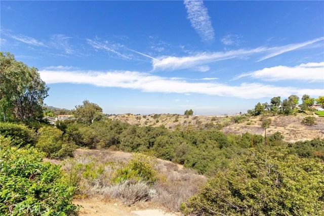 6959 E Rutgers Drive, Anaheim Hills CA: http://media.crmls.org/medias/4d6a3de2-107c-42f5-bef2-7b9073edb638.jpg