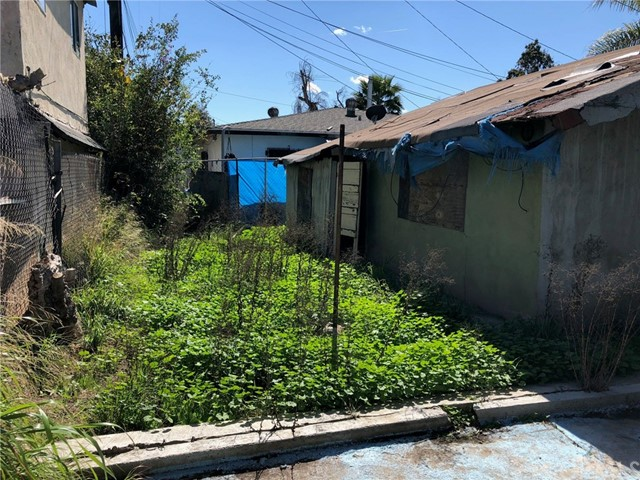 7416 Walnut Drive Los Angeles, CA 90001 - MLS #: DW18129538