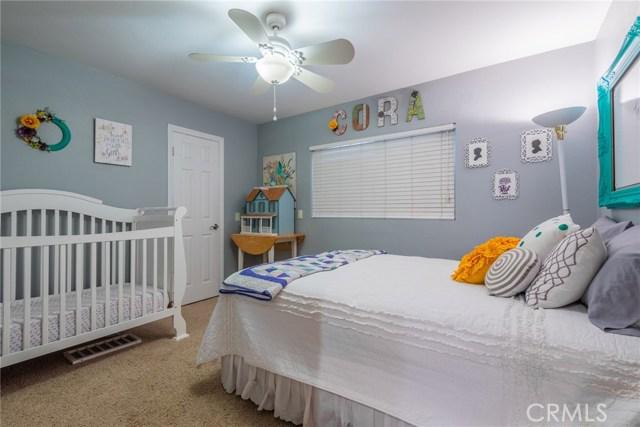 714 Ardmore Avenue, Redlands CA: http://media.crmls.org/medias/4d7a8f15-2cf6-4315-9afb-2e177b6b7d36.jpg