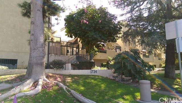 1734 N Verdugo Road 20, Glendale, CA 91208