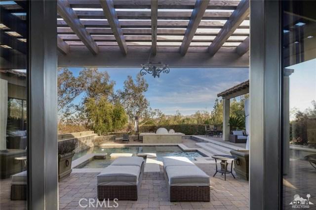 71648 Jaguar Way, Palm Desert CA: http://media.crmls.org/medias/4d81f919-9dd4-437c-9d86-84e2640aceb7.jpg