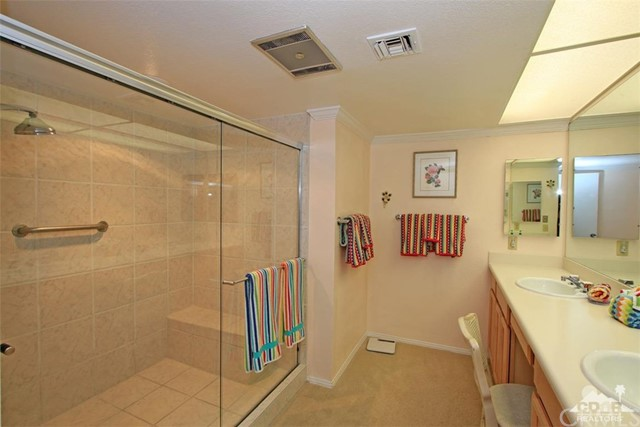 45878 Algonquin Circle, Indian Wells CA: http://media.crmls.org/medias/4d86540d-9330-4aca-b236-cd29d9fcddbb.jpg