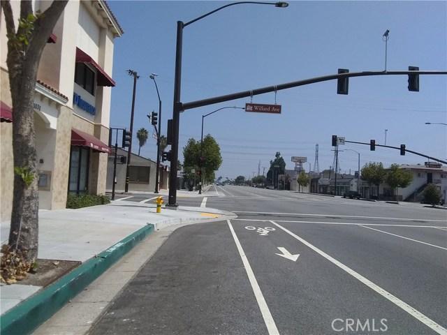 1025 E Las Tunas Drive, San Gabriel CA: http://media.crmls.org/medias/4da0d49e-3685-471f-b5d3-2e194ab277b6.jpg
