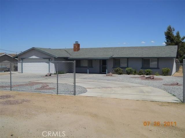 7795 Oakwood Avenue Hesperia CA 92345