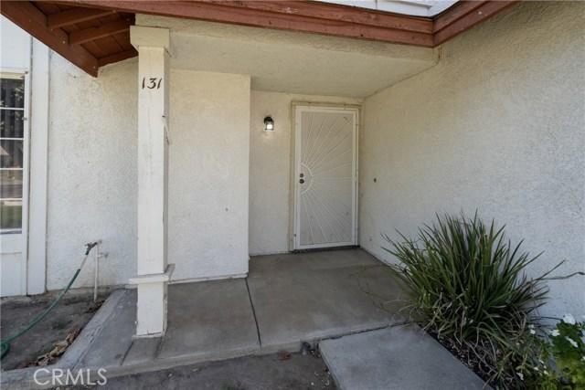 131 Zolder Street, Hemet CA: http://media.crmls.org/medias/4dbfac51-6e9a-4829-8b26-60cf71d50350.jpg