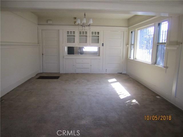 1844 West 38th Place, Los Angeles CA: http://media.crmls.org/medias/4dd5b8ec-89ce-4c26-8c1f-3150e07888cd.jpg