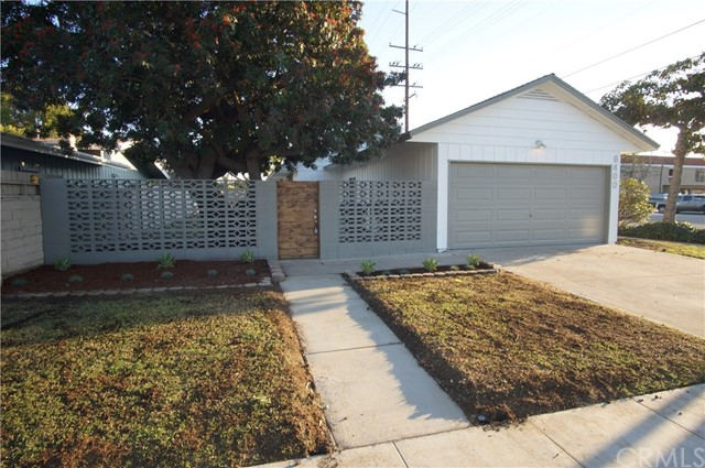 6400 E Los Santos Dr, Long Beach, CA 90815 Photo 3