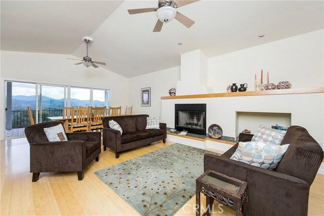 独户住宅 为 销售 在 20591 Honey Hill Drive Hidden Valley Lake, 95467 美国