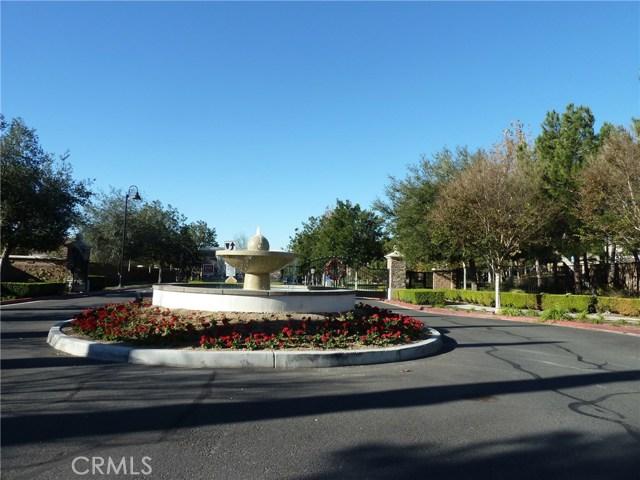 14460 runyon Drive, Eastvale CA: http://media.crmls.org/medias/4de47a65-2dda-4ae2-a0f1-59007f00bc02.jpg