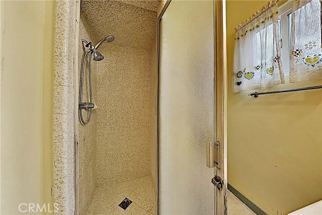 1405 S Nevada Avenue, Los Banos CA: http://media.crmls.org/medias/4df14457-1347-4ced-9ca9-f43cb9726e09.jpg