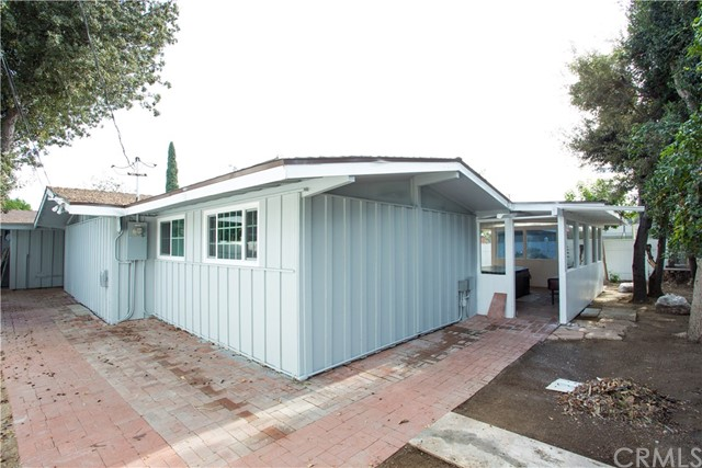 709 S Dorchester Street, Anaheim CA: http://media.crmls.org/medias/4df35d26-a694-44d1-a77e-96ecc52f1ae4.jpg