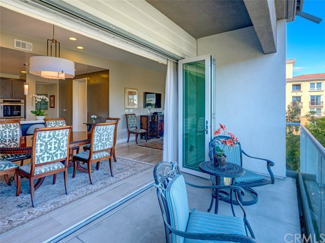 12658 Sandhill Ln 2, Playa Vista, CA 90094