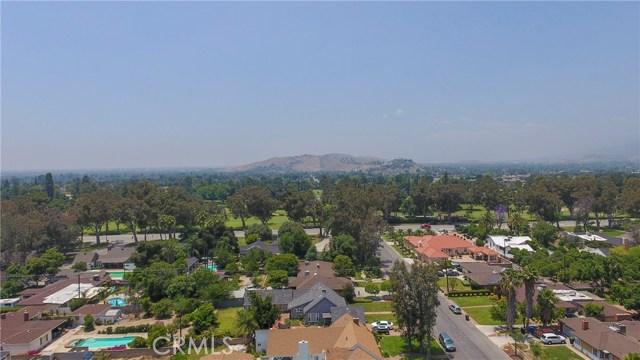 823 Glendenning Way, San Bernardino CA: http://media.crmls.org/medias/4dfe9531-d119-4a63-8429-f11a653600ff.jpg