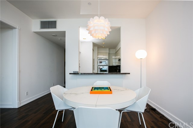 900 W Olympic Boulevard Unit 35F Los Angeles, CA 90015 - MLS #: OC18067247