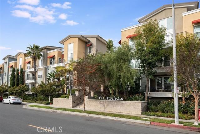 2349 Jefferson, Torrance, Los Angeles, California, United States 90501, 2 Bedrooms Bedrooms, ,2 BathroomsBathrooms,Condominium,For Sale,Jefferson,SB21033041