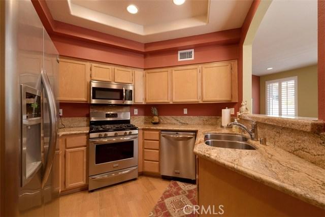 7926 E Horizon View Drive, Anaheim Hills CA: http://media.crmls.org/medias/4e13a4b7-894b-4dad-abaa-650e5fc47b92.jpg