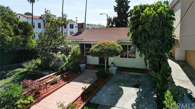 Single Family Home for Sale at 1210 E California Avenue 1210 E California Avenue Glendale, California 91206 United States