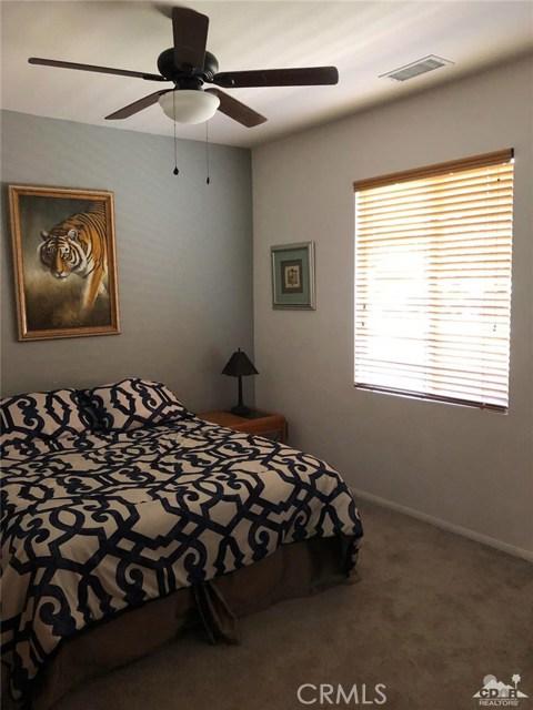 49570 Douglas Street, Indio CA: http://media.crmls.org/medias/4e166e5f-f0aa-4599-b555-9f77e052710a.jpg