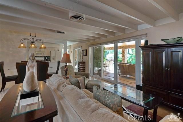 71443 Country Club Drive, Rancho Mirage CA: http://media.crmls.org/medias/4e1b6e95-b708-40d6-b0b9-5be44328447b.jpg