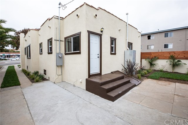 302 S Lucia Avenue, Redondo Beach CA: http://media.crmls.org/medias/4e1bb945-ecd5-4590-b9b6-14a324397ca8.jpg