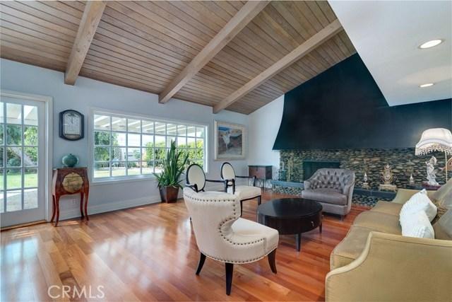 164 Villa Rita Drive, La Habra Heights CA: http://media.crmls.org/medias/4e1d1456-133b-4549-a872-4ebeb419354e.jpg