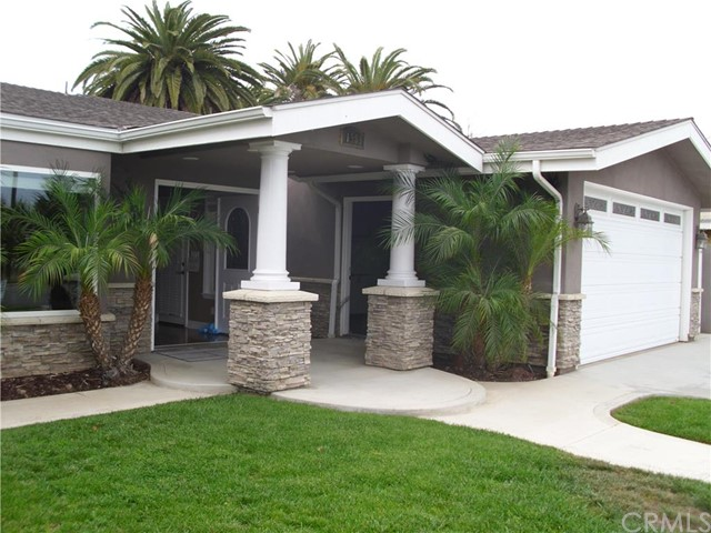 Single Family Home for Sale at 1585 Santa Ana Avenue Costa Mesa, California 92627 United States