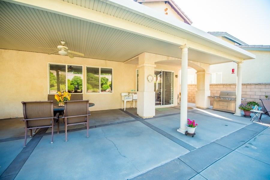 16252 Phidias Lane, Chino Hills CA: http://media.crmls.org/medias/4e330227-57a3-4b15-b1a7-e368f196416c.jpg
