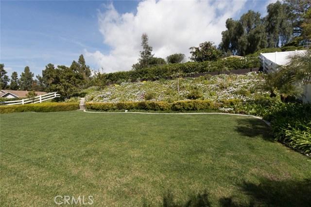 30112 Silver Spur Rd, San Juan Capistrano CA: http://media.crmls.org/medias/4e3e74e5-589e-4ec2-b2cb-b1550060c05a.jpg