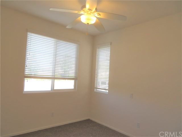 403 Palm Avenue, San Jacinto CA: http://media.crmls.org/medias/4e435b5c-d853-43e9-ac21-668dd7d84bef.jpg