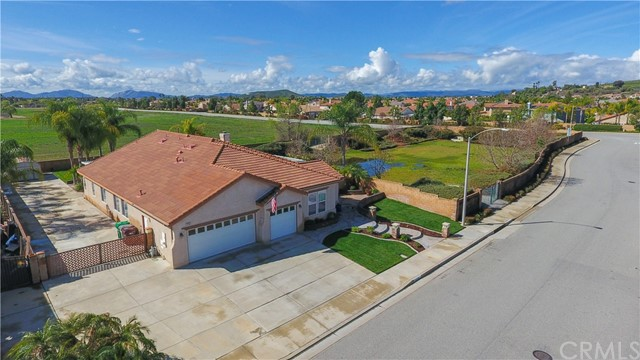 Photo of 32561 Armoise Drive, Winchester, CA 92596