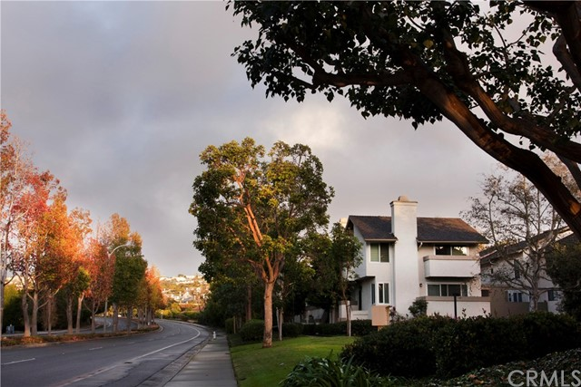 Photo of 500 Harbor Woods Place, Newport Beach, CA 92660