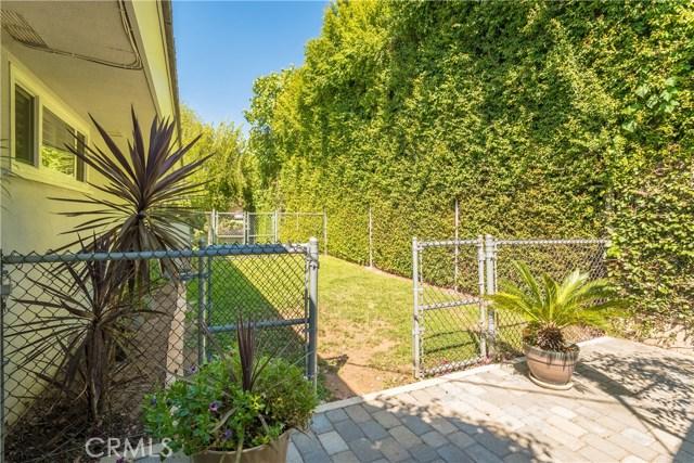 2880 N Theodora Drive, Covina CA: http://media.crmls.org/medias/4e60b7a5-b98d-4c1e-93d8-4e20a9ae5a8e.jpg