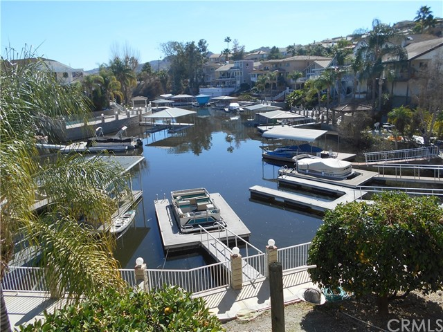 21789 Strawberry Lane, Canyon Lake, CA 92587