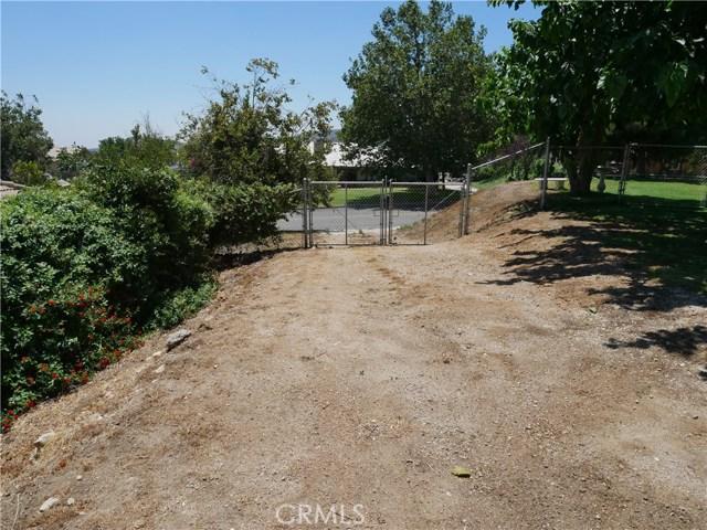 3738 W Meyers Road, San Bernardino CA: http://media.crmls.org/medias/4eb1d71f-034c-41ad-8ad4-e2f241363240.jpg