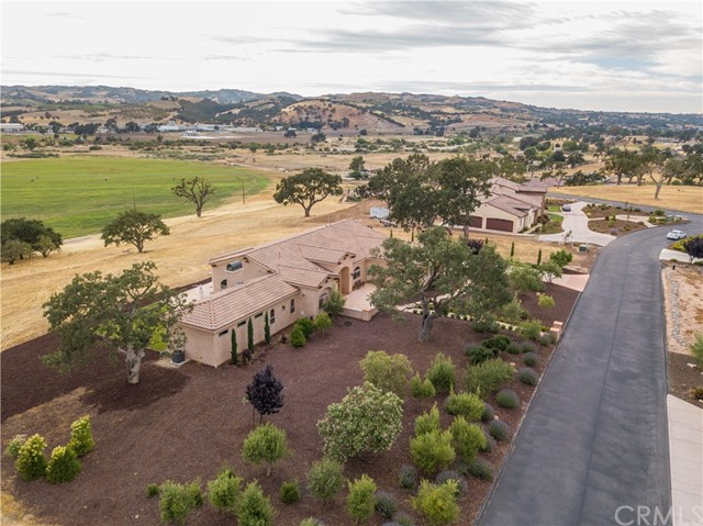 1715 Fire Rock Loop Templeton, CA 93465 - MLS #: NS18162536