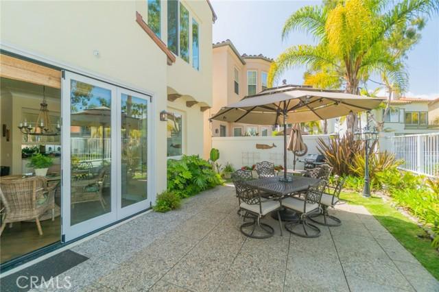 5941 Spinnaker Bay Drive, Long Beach CA: http://media.crmls.org/medias/4eb82fc7-e702-4c11-b5ed-55c88bf559b2.jpg