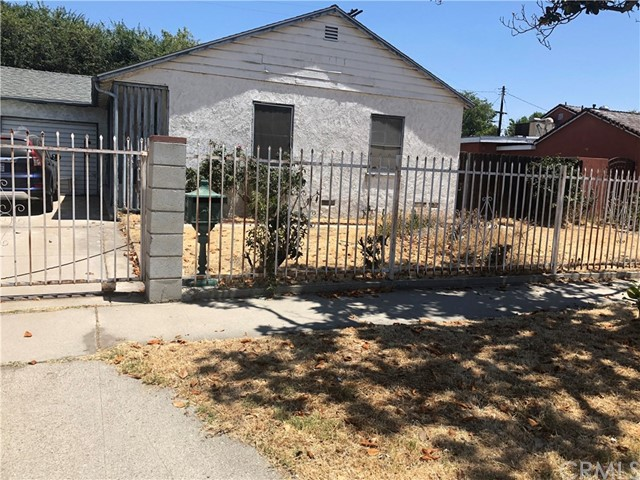 8018 Katherine Avenue Panorama City, CA 91402 - MLS #: DW18156860