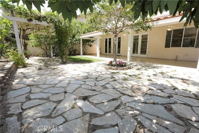 8 Hawk, Irvine CA: http://media.crmls.org/medias/4ed12a13-900f-4205-8435-93ab6044d523.jpg