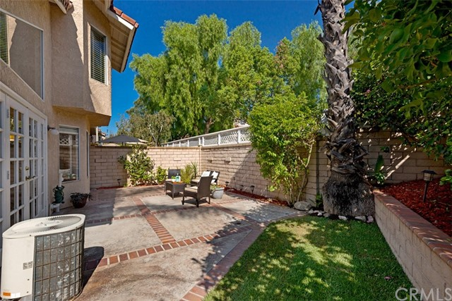 29035 Canyon Crest Drive, Lake Forest CA: http://media.crmls.org/medias/4edae2ad-f0d8-4ff7-a2fb-e72de6fc544c.jpg