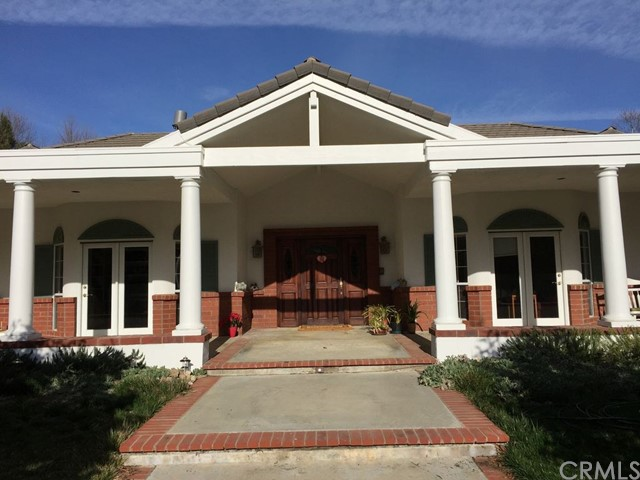Single Family Home for Sale at 9540 Gallina Court Atascadero, California 93422 United States