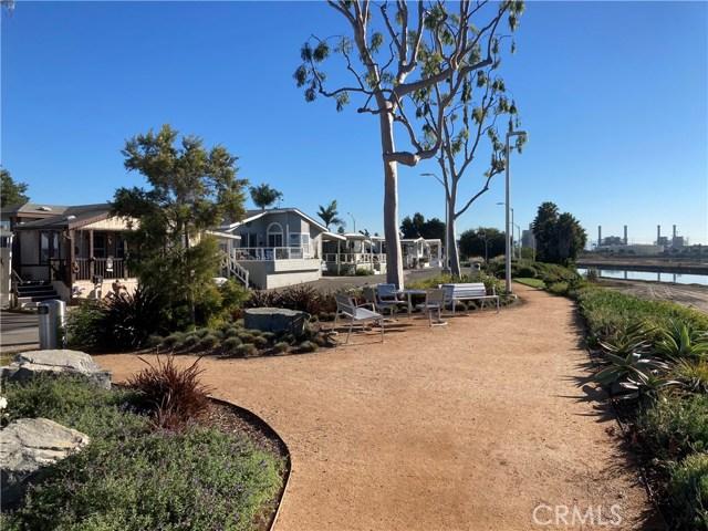 305 N Jade Cove, Long Beach CA: http://media.crmls.org/medias/4ee3fe0c-f25f-4f18-8610-14af91d10fb1.jpg