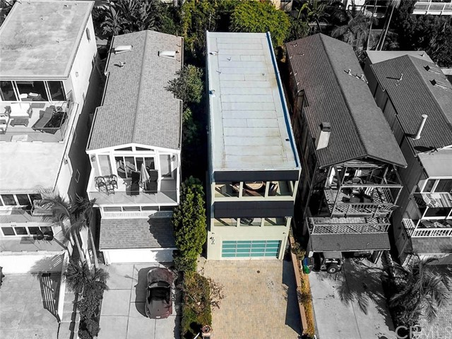 1040 La Mirada Street, Laguna Beach CA: http://media.crmls.org/medias/4eee90ca-e998-4c57-8e76-e687b67a1b29.jpg