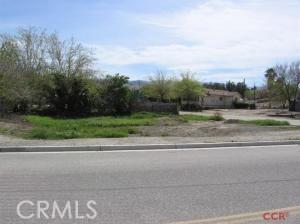 502 Main, Maricopa CA: http://media.crmls.org/medias/4eef6182-58c1-46db-8b11-8ffb8ed9b4f2.jpg