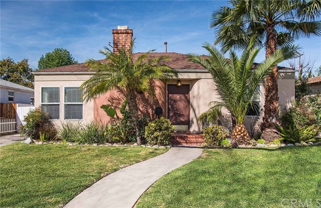 Single Family Home for Sale at 916 Louise Street Santa Ana, California 92703 United States
