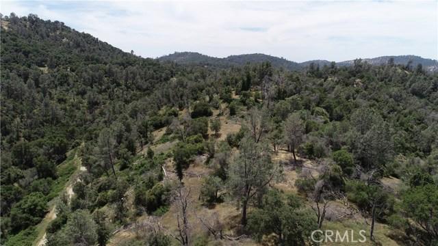 80 Lookout Mountain Road, Mariposa CA: http://media.crmls.org/medias/4efac639-777b-435c-a840-c7318b1262ef.jpg