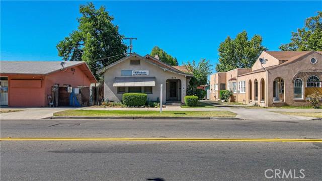 1625 E Olive Avenue, Fresno CA: http://media.crmls.org/medias/4efbdb6c-cb5e-4b93-83f2-294d84cd64c9.jpg