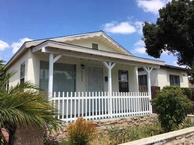 3569 Delta Avenue, Long Beach CA: http://media.crmls.org/medias/4f0e6f6c-b9a0-4fda-b2d9-5d8be7d03c9b.jpg