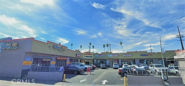 5821 S Figueroa Street, Los Angeles CA: http://media.crmls.org/medias/4f2b4f33-776c-492e-b805-45703f9fbf13.jpg