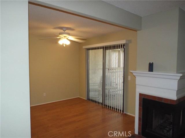 600 Central Avenue, Riverside CA: http://media.crmls.org/medias/4f2b9e0b-447a-43f7-9020-81863b3b3693.jpg